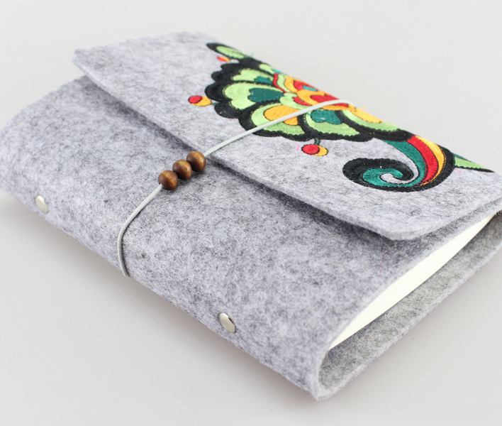 Sheep blankets embroidered Notebook